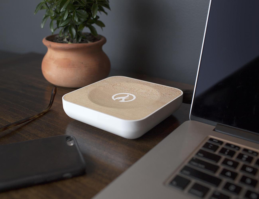 ของใช้ไฮเทคเก๋ ๆ สำหรับบ้านของคนรุ่นใหม่ - เครื่องกระจายสัญญาณไวไฟเจ้าระเบียบ (Torch Gigabit WiFi Router)