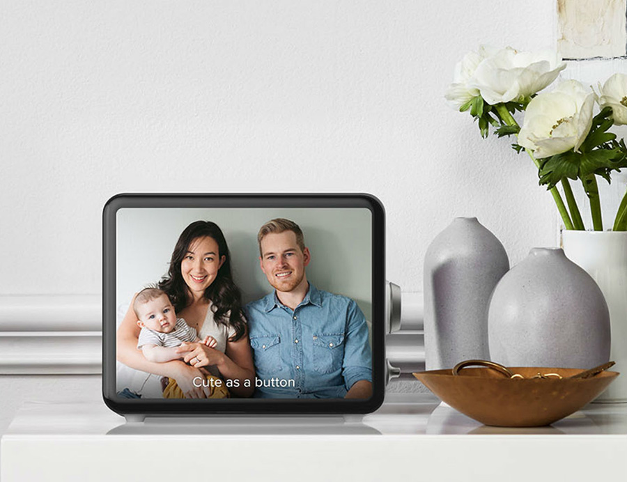 ของใช้ไฮเทคเก๋ ๆ สำหรับบ้านของคนรุ่นใหม่ - กรอบรูปอัตโนมัติ (Loop Personal Photo Display)