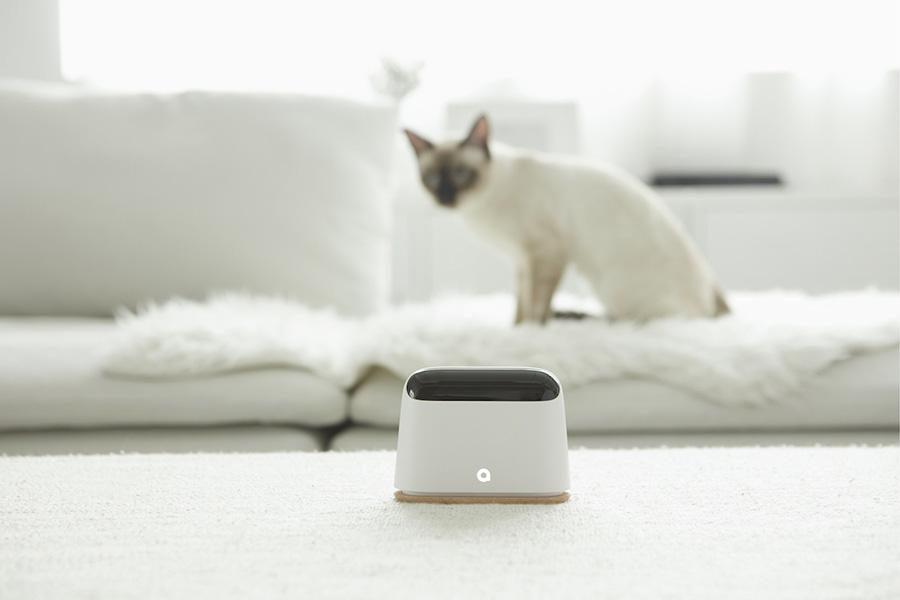 ของใช้ไฮเทคเก๋ ๆ สำหรับบ้านของคนรุ่นใหม่ - เครื่องควบคุมสภาพอากาศ (Ambi Climate AI Air Conditioner)