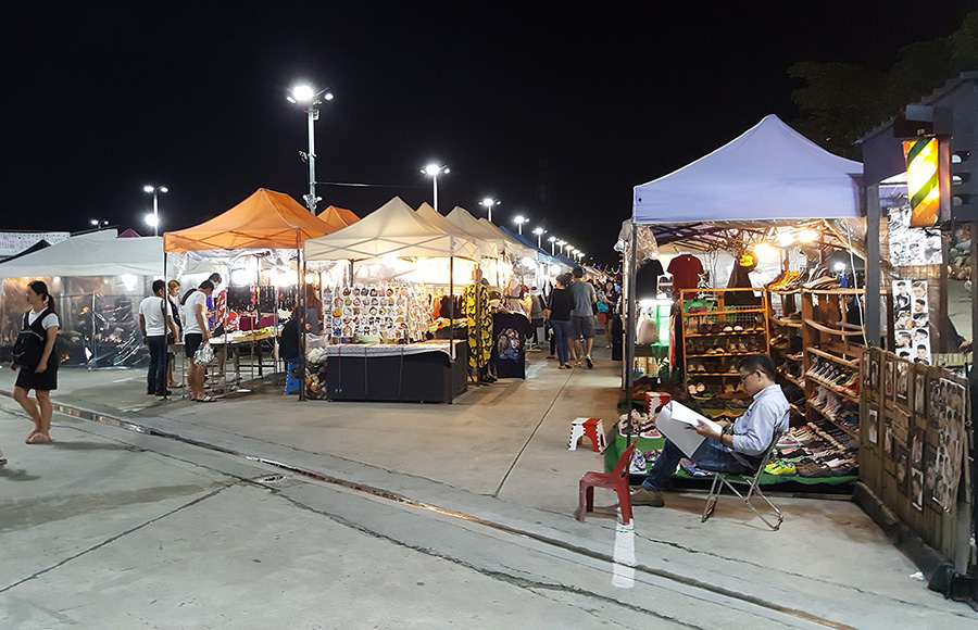 10 ตลาดนัดสุดชิลล์ แหล่งแฮงก์เอาท์หลังเลิกงาน - ตลาดหัวมุม Market & More