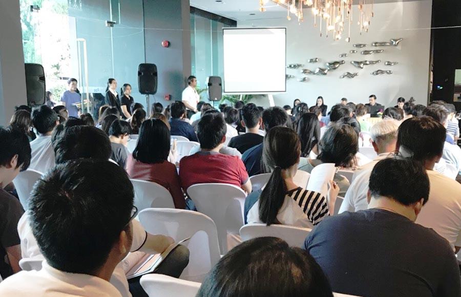 เดอะ สเตจ เตาปูน - อินเตอร์เชนจ์ ทำบุญปีใหม่ และประชุมใหญ่เจ้าของร่วมสามัญ (ครั้งแรก)
